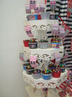 torre cupcake piratas