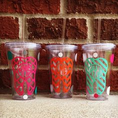 Dental Acrylic Tumblers • 16oz drinking capacity, BPA free with screw on lid and sipper straw • Free shipping with every purchase