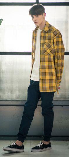 커스텀 어클락의 사계절 착용 가능한 베이직 조거팬츠