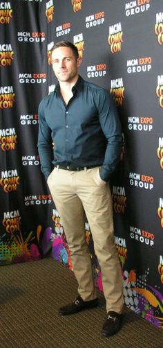 """""""Shady McShadester"""" - Orphan Black Press Round Table with Dylan Bruce"""