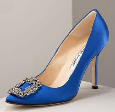 Manolo Blahnik Hangisi Satin Pumps | Addicted to Shoes