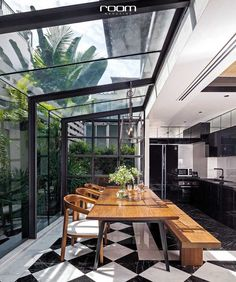 Stunning kitchen/dining space with glazed walls and ceiling. Black and white til. - Stunning kitchen/dining space with glazed walls and ceiling. Black and white tiles. Black kitchen c - Exterior Design, Interior And Exterior, Interior Garden, Exterior Doors, Glazed Walls, Scandinavian Apartment, Scandinavian House, Scandinavian Design, House Extensions