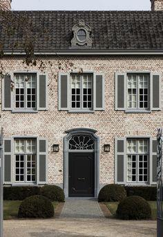 By architect Dirk Heveraet