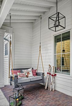 Christmas Home Decor - Home Bunch Interior Design Ideas New Interior Design, Interior Design Services, Christmas Porch, Christmas Pillow, Outdoor Christmas, Pool House Designs, Popular Paint Colors, Outdoor Blinds, Porch Swing