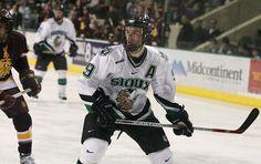 Change of linemates, change of fortune for former North Dakota center Toews :: USCHO.com :: U.S. College Hockey Online