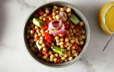 Ρεβιθοσαλάτα με ψητά λαχανικά - Συνταγές - Light & Healthy | γαστρονόμος Salads, Beans, Vegetables, Healthy, Food, Essen, Vegetable Recipes, Meals, Health
