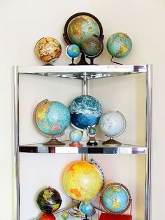 Samuel Genthner's Vintage Globe collection per Apartment Therapy's tour of his San Francisco Victorian flat. World Globe Map, World Globes, Map Globe, See World, We Are The World, Interactive Globe, Spinning Globe, Globe Decor, Vintage Globe