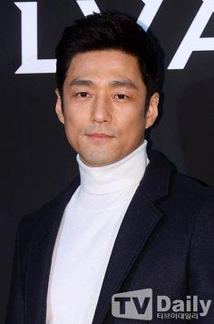 Lee Min Ho, My Prince Charming, Korean Actors, Korean Dramas, Korean Entertainment, Hot Guys, Hot Men, Creative Writing, Jin