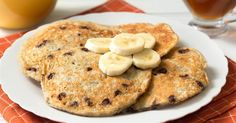Healthy 5-Ingredient Flourless Banana Chocolate Chip Pancakes