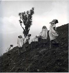 """Campesinas de Oaxaca"" Juan Rulfo.-1950"