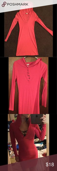 💗Pink, long sleeved, hooded dress💗 Really cute, can be worn casual with sneakers, boots or flips flops, or spiced up for going out to grab some dinner. Buttons up the top front, show as much cleavage as you want 😉, long sleeve with a hood. Material is stretchy, size M Dresses