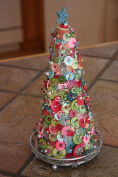 button tree by jackie.bonette, via Flickr