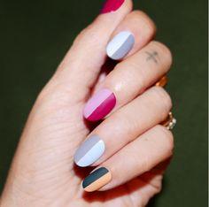 On dévoile nos jolis ongles en s'inspirant de ces manucures originales repérées sur Instagram.