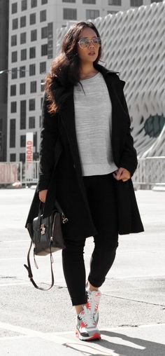 Shop the look - Coat: $49, Sweater: $14.90, Pants: $19.90 , Nike Air Max 90: $120, Sunglasses: $9.99 , Handbag: $57.20 - www.theballeronabudget.com