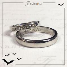 Las Argollas de Matrimonio de oro blanco son ideales para las personas que quieren una pieza de oro, y les gusta el blanco de la plata antes que el amarillo.  #ArgollasDeMatrimonioCali #ArgollasDeMatrimonioColombia #WeddingBandsColombia
