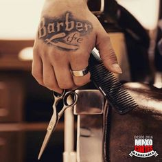 Scissors on the barber hand + tattoo Hair Tattoos, Love Tattoos, Tony Barber, Barber Man, Hairstylist Tattoos, Hairdresser Tattoos, Berber Tattoo, Home Hair Salons, Barber Logo