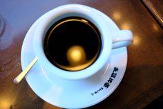 新橋と銀座の間でコーヒー屋に悩んだらココ、「支留比亜珈琲」
