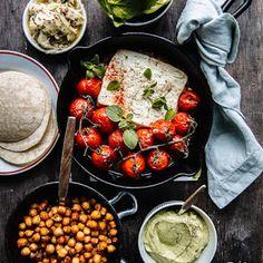Maailman parhaat mokkapalat | Kokit ja Potit -ruokablogi Cooking Recipes, Healthy Recipes, Healthy Foods, Meet Friends, Tex Mex, Chana Masala, I Love Food, Feta, Risotto