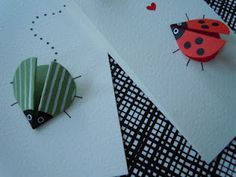 How to fold paper ladybugs. In Swedish. Photo tutorial.  MAN, I LOVE LADYBUGS!!!