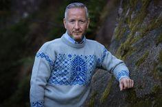 Men Sweater, Knitting, Sweaters, Fashion, Moda, Tricot, Fashion Styles, Breien, Men's Knits