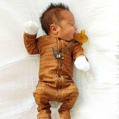 Cute Little Baby, Baby Love, Cute Babies, Cute Baby Boy Outfits, Cute Baby Clothes, Foto Baby, Cute Baby Pictures, Baby Girl Newborn, Baby Baby