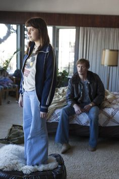 Still of Alexander Skarsgård and Bel Powley in The Diary of a Teenage Girl (2015)