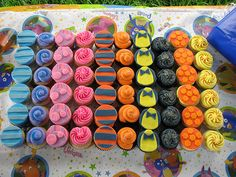 Backyardigans Inspired Cupcake Cake by sugarcrushmiami, via Flickr