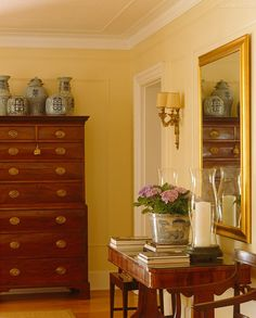 Beautiful Georgian chest on chest. Country Cottage Interiors, Country Decor, Country Style, Traditional Decor, Traditional House, Traditional Styles, Yellow Interior, Interior And Exterior, Interior Decorating