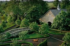 Lavishly Built Horse Barns Show Off Wealth of Kentucky Farms