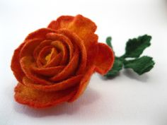 Gallery.ru / Фото #9 - FELT FLOWERS II - renew Felt Flowers, Fabric Flowers, Felt Brooch, Flower Crafts, Needle Felting, Fiber Art, Tea Party, Flora, Creations