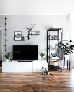 37 brilliant solution small apartment living room decor ideas and remodel 37 brilliant solution smal Small Apartment Living, Living Room Tv, Small Apartments, Small Living, Home And Living, Apartment Entryway, Modern Living Room Decor, Black And White Living Room Decor, Modern Apartment Decor