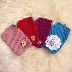 Pieniä hetkiä: Virkattu kukkaro + OHJE Crochet Fashion, Knit Crochet, Baby Shoes, Coin Purse, Embroidery, Wallet, Purses, Rugs, Knitting