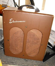 Vintage Electromuse 10A tube guitar amp 40's or so 2 6V6's Valco Supro