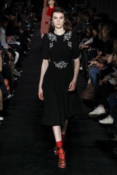 No. 21   Ready-to-Wear - Autumn 2017   Look 10