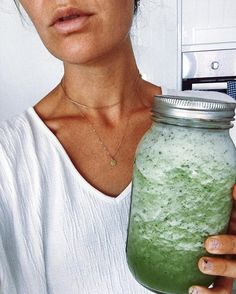 WEBSTA @ vanessa_prosser - The mint cooler 3 cucumbers and 2 apples juiced then added into blender with a heap of ice and mint ✨✨ Clean Recipes, Raw Food Recipes, Healthy Recipes, Intuitive Eating, Food Is Fuel, Apple Juice, Roasted Vegetables, Weekend Is Over, Get Healthy