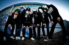 Hollywood Undead- Best band in the world.Been listening to them since…