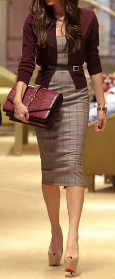 45 classy work outfits ideas for the sophisticated woman - highpe Classy Work Outfits, Fall Outfits For Work, Business Casual Outfits, Business Dresses, Professional Outfits, Women Business Attire, Fashion Mode, Office Fashion, Business Fashion