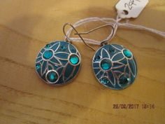 brand new handmade silver plated green glass stones circle hook earrings.