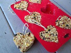 Preschool Crafts for Kids*: Valentine's Day Heart Bird Seed Feeder Craft.Give the birds some love too ♥ Valentine's Day Crafts For Kids, Valentine Crafts For Kids, Valentines Day Treats, Holiday Crafts, Kids Diy, Science Valentines, Valentine Party, Valentines Fundraiser Ideas, Valentines Games