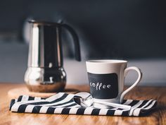 Are you looking for images for good morning coffee?Check this out for very best good morning coffee inspiration. These funny quotes will you laugh. Best Coffee, Coffee Time, Coffee Cups, Coffee Maker, Coffee Coffee, Coffee Logo, Drinking Coffee, Espresso Coffee, Espresso Cake