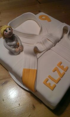 judo cake with a girl.