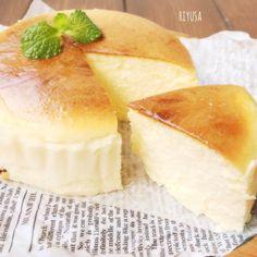 保存版にして欲しいレシピ❤️瞬溶けスフレチーズケーキ | リユサさんのお料理