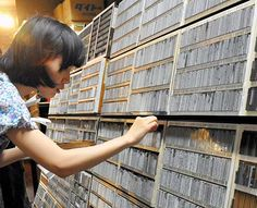 Human touch of old-fashioned letterpress printing draws new admirers - AJW by The Asahi Shimbun