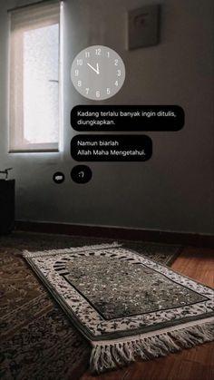 Quotes Rindu, Pray Quotes, Quran Quotes Love, Quran Quotes Inspirational, Allah Quotes, Muslim Quotes, Islamic Wallpaper Iphone, Wallpaper Hp, Islamic Quotes Wallpaper