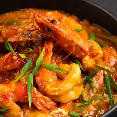 Healthy eating can be tough. Stick to these tried and true healthy eating recipes to keep your eating on track. Prawn Recipes, Fish Recipes, Seafood Recipes, Asian Recipes, Asian Foods, Kitchen Recipes, Cooking Recipes, Chilli Prawns, Asian Cooking