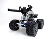 Robotic Weapon Is A Roving RC Robot That Sees In The Dark, Fires ... AWESOME!