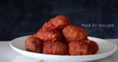 Food Styling  Έχουν δίκιο που λένε ότι πρώτα τρώει το μάτι. Έχοντας ξεφυλλίσει εκατοντάδες περιοδικά και βιβλία μαγειρι... Cypriot Food, Food For Thought, Food Styling, Greek, Ethnic Recipes, Greece