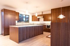 55+ Walnut Veneer Kitchen Cabinets - Kitchen island Countertop Ideas Check more at http://www.planetgreenspot.com/20-walnut-veneer-kitchen-cabinets-kitchen-counter-top-ideas/