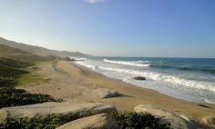 #NoTeQuedesEnCasa #SantaMarta una de las playas más lindas de america te está esperando. visita http://hotel.connectrip.co/Place/Santa_Marta.htm