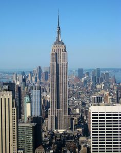 24° – Empire State Building - 381 m
